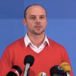 СДСМ: Училиштата во долгови, учениците смрзнати, градоначалниците на власта молчат