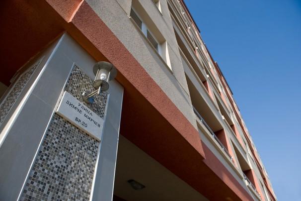 Нема потреба од полицаец пред зградата на Јанкулоска - МВР е карши. Фото: Адора