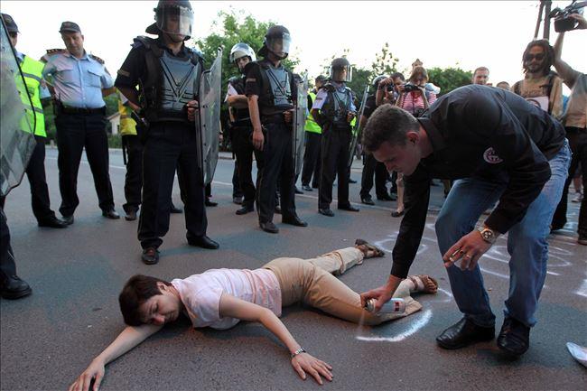 Лагите за убиството очевидците и јавноста не ги проголтаа. Фото: Плусинфо