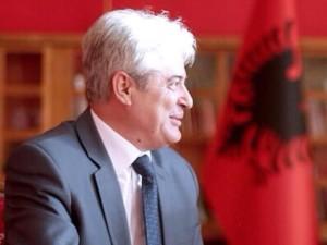 Ем недоследно, ем невистинито: Фото - Фејсбук, официјлна страна на Али Ахмети