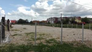 На парцелата предвидена за пракинг нема никакви активности за нејзино оспособување за паркирање на автобуси и товарни возила.     Фото: Вистиномер