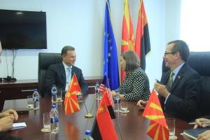 Што го предизвикува оптимизмот? Фото: ВМРО-ДПМНЕ, од последната средба на Нуланд со Груевски
