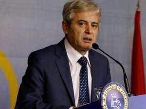 Ахмети загрижен за намалувањето на пратенички мандати. Фото: Мета