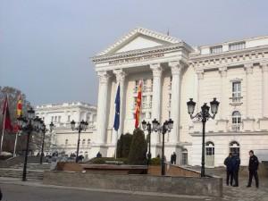 Kot janë ulëset në qeveri. nëse nuk ka shumicë për reforma në Kuvend. Foto: META.