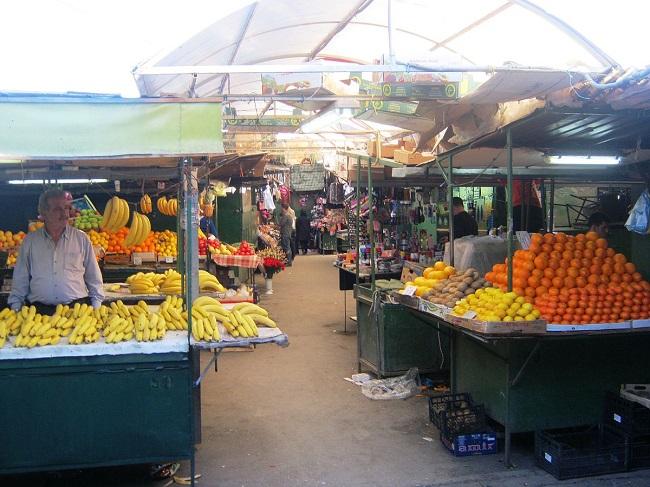 Vetëm lajmërime për modernizim te Bit-pazarit. Foto: mk.wikipedia.org