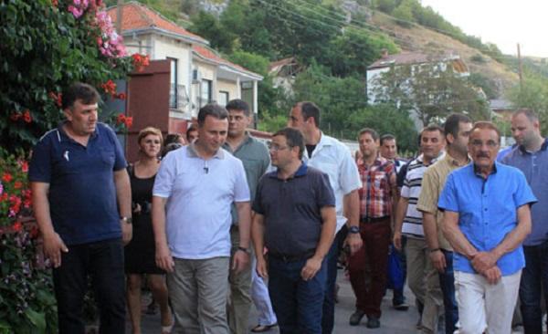 Груевски во посета на Радожда Фото: Миа
