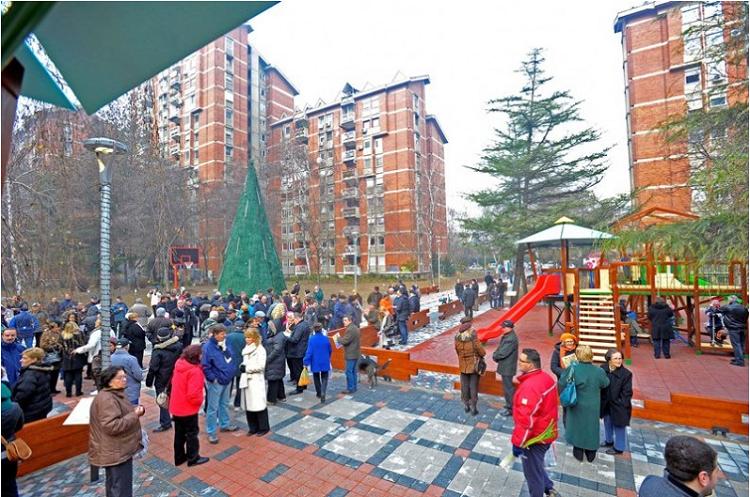 Паркот има 12.000  квадратни метри тревна површина  Фото: http://opstinacentar.gov.mk