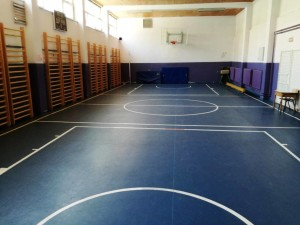 """Спортската сала во ОУ """"Браќа Миладиновци"""" Фото: Општина Аеродром"""