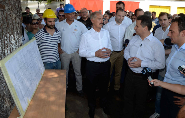 Од посетата на тогашниот премиер Никола Груевски на Општина Ѓорче Петров  (03.09.2015) Фото: Влада.мк