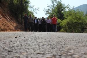 Me rastin e asfaltimit të rrugëve në Simnicë Foto: ueb-faqja e Komunës së Gostivarit