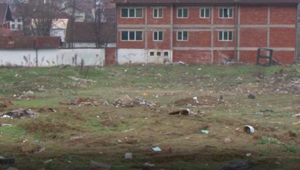 Земјиштето каде требаше да се изгради новото училиште. Фото: Принтскрин