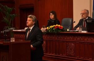 Presidenti i RM-së, Gjorge Ivanov. shumë i mjegullt, me shumë spine dhe lajme të rrejshme. Foto: pretsedatel.mk
