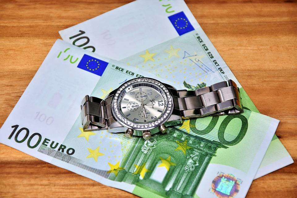 Money Dollar Bill Wealth Currency 100 Euro