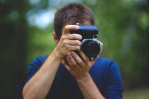 Дали е забрането да се фотографираат полицајци при вршење на должност на јавно место?  Фото: pexels.com