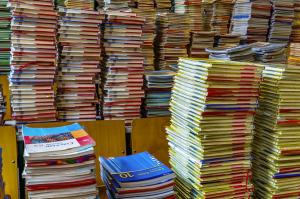 Janë ndërruar vetëm lektyrat në shkollimin fillore, ndërsa janë duke u realizuar konsultimet për librat. Foto: pixabay.com